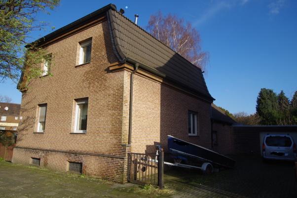 Donnerstag, 30. Januar 2020<br>einfamilienhaus - Duisburg<br>&nbsp;
