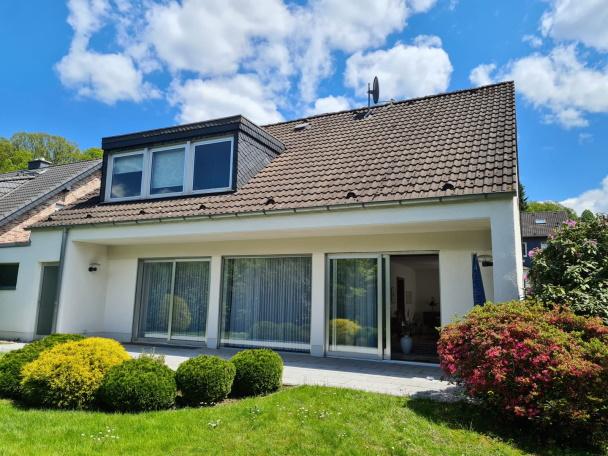 Dienstag, 29. Juni 2021<br>Einfamilienhaus- Odenthal&nbsp;<br>&nbsp;