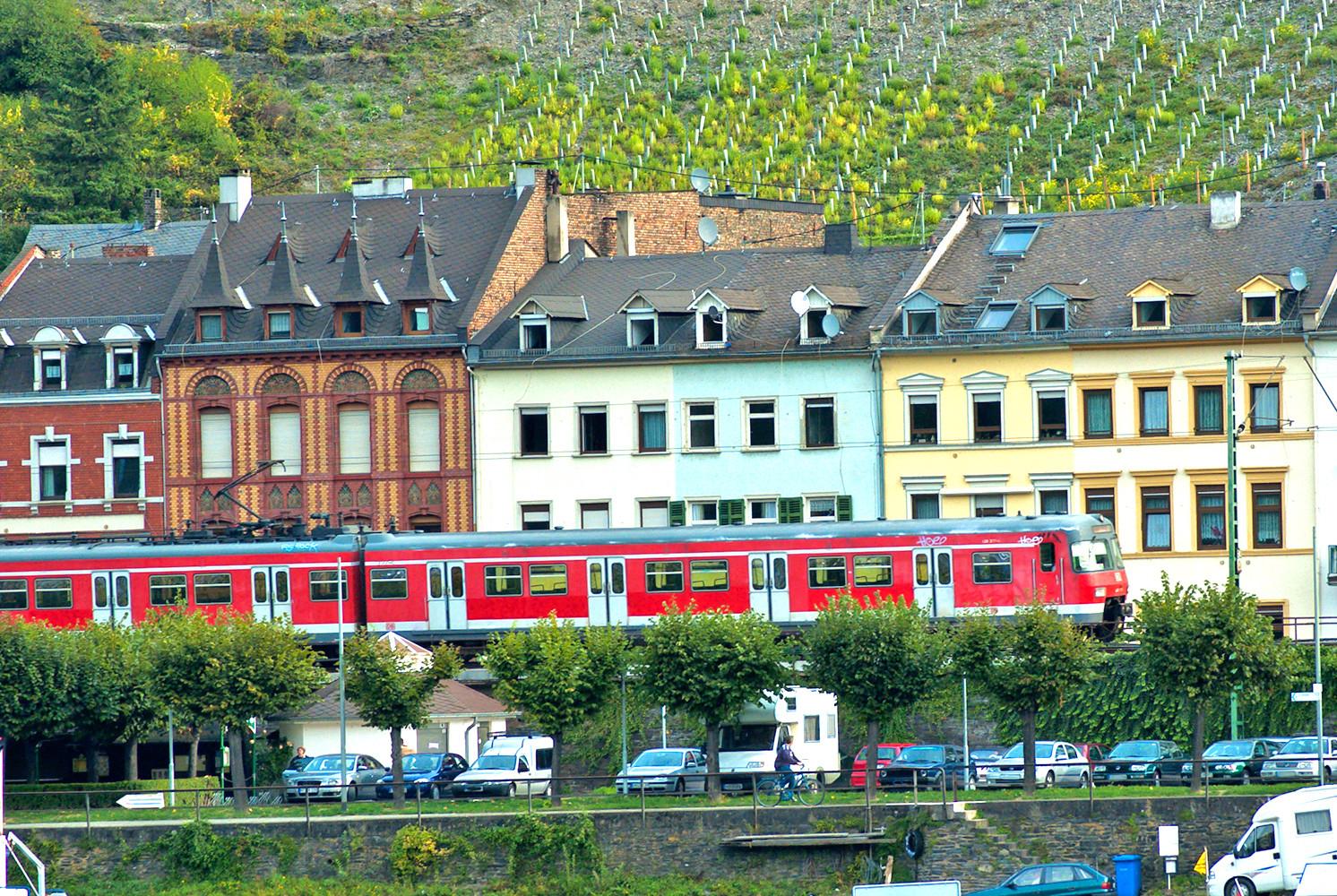 afi-auktionshaus-fuer-immobilien-immobilienmakler-kaufen-verkaufen-auktionen-bergisch-gladbach-immobilienverkauf-immobilienauktionen-laute-lage